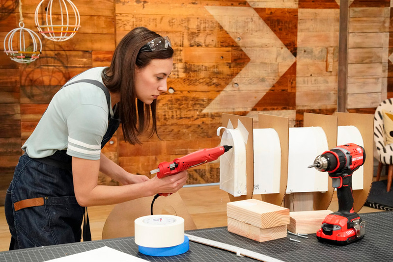 Justine Silva hot gluing mailbox for episode of NBC's Making It