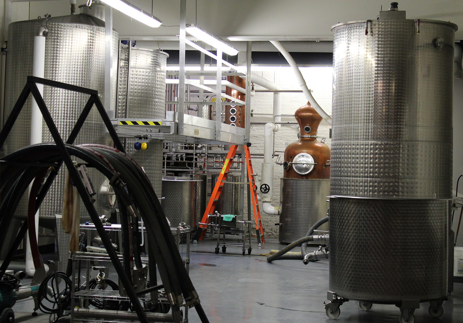 Distilling copper stills